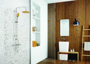 Deszczownia w kolorze dodatków będzie świetnym sposobem na odświeżenie wnętrza łazienki!